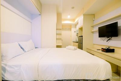 Unique Studio Room with Multifunction Bed @ Grand Kamala Lagoon Apartment By Travelio
