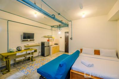 Simply Minimalist Studio Serpong Green View Apartment By Travelio