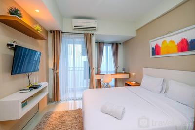Homey and Relaxing Studio @ Grand Dhika City Apartment By Travelio