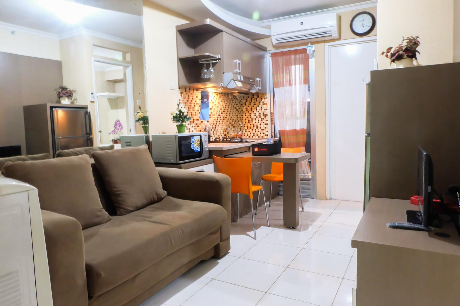 Kalibata City Apartment - Best Price 2BR Kalibata City Apartment By Travelio