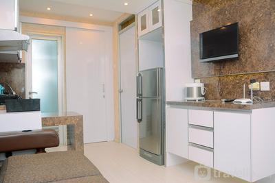 Cozy 2BR Apartment at Gading Nias Residence By Travelio
