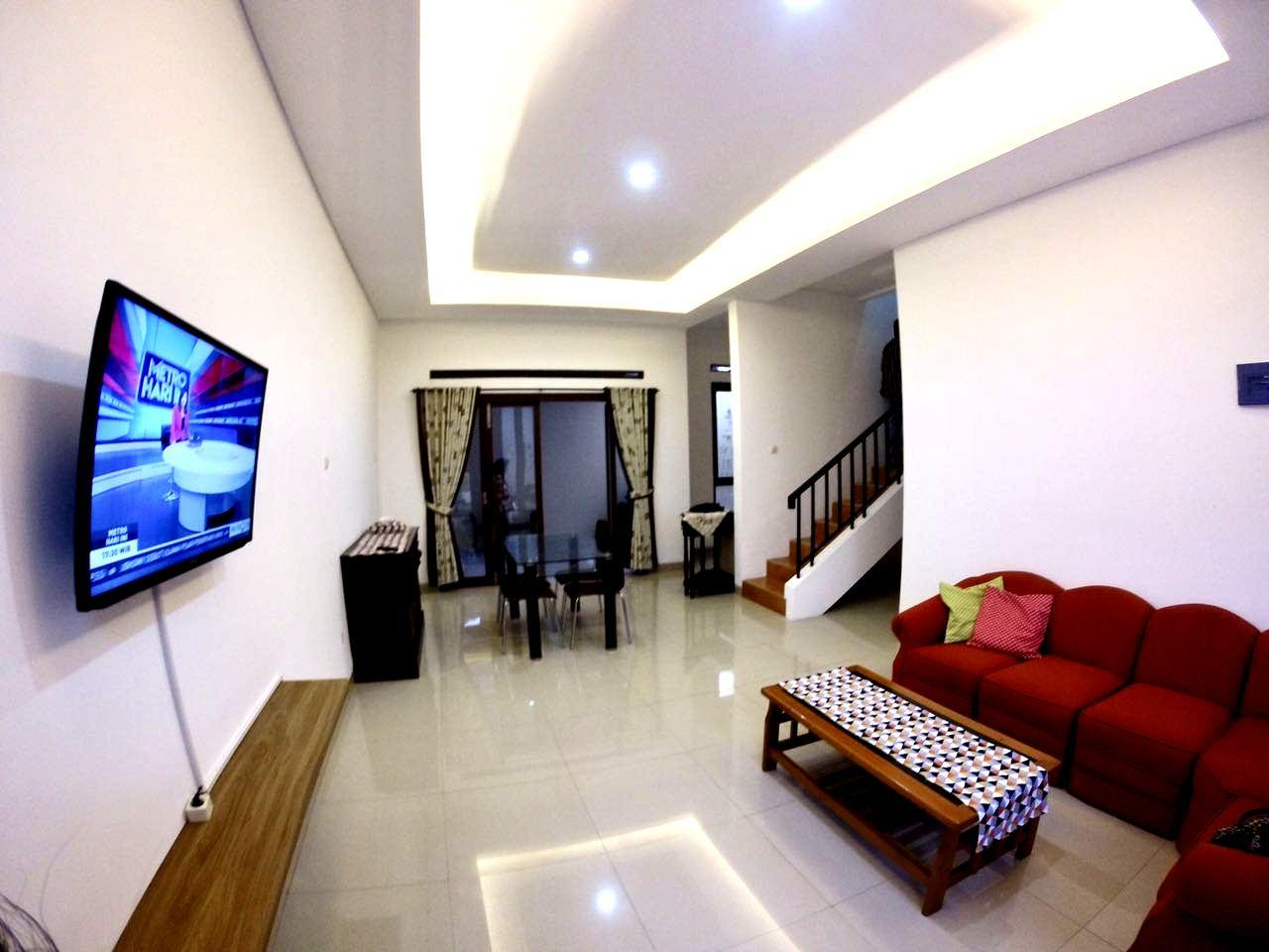 4BR A Cozy Padma Laguna Guesthouse