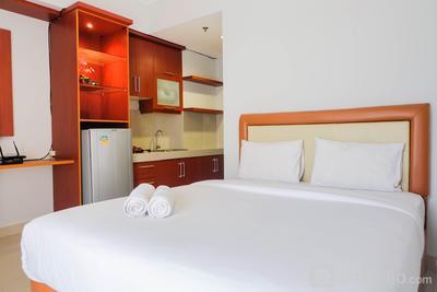 Minimalist Studio Apartment at Atria Residence By Travelio