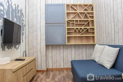 Cozy and Homey 1BR at Green Pramuka City Apartment By Travelio
