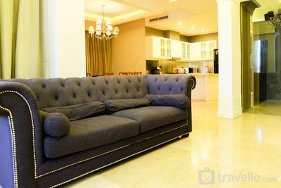 Luxurious 3BR Senopati Suites Apartment near SCBD By Travelio
