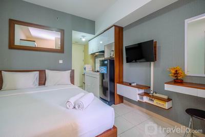 Simply Modern Studio Springlake Summarecon Apartment By Travelio