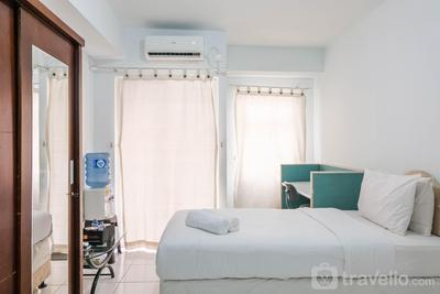 Minimalist and Stylish Studio Ayodhya Apartment By Travelio