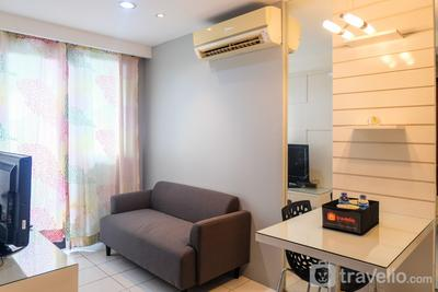 Best Price and Minimalist 2BR Kebagusan City Apartment By Travelio