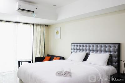 Spacious Studio Room Tamansari La Grande Apartment By Travelio