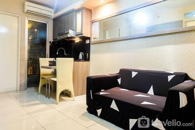Simply Warm 2BR Green Palace Apartment By Travelio