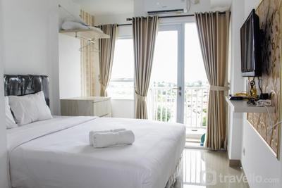 Minimalist Studio Apartment at Poris 88 with City View By Travelio