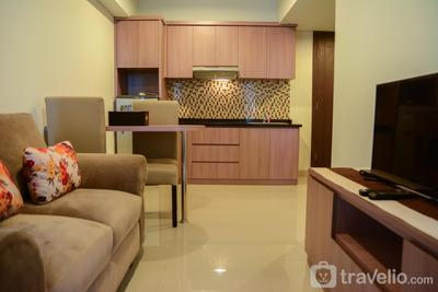 Cozy 1BR H Residence Apartment near MT Haryono By Travelio