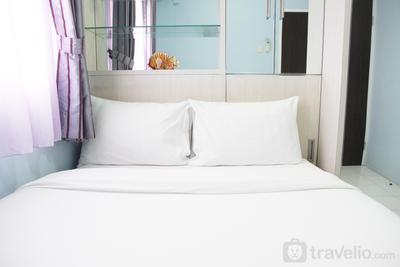 Comfortable 2BR Mutiara Bekasi Apartment By Travelio