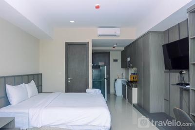 Cozy Studio Room at Nine Residence Apartment By Travelio