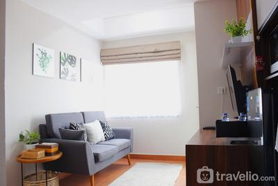 Comfy 2BR Apartment at Grand Asia Afrika Residence By Travelio