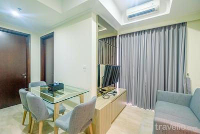 Cozy Stay @ Strategic Place 2BR Menteng Park Apartment By Travelio