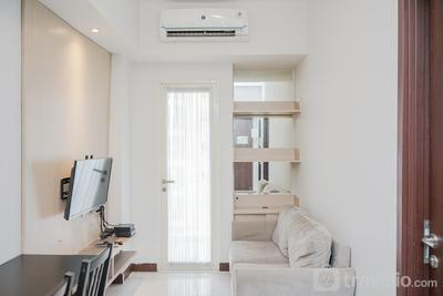 Cozy and Luxury 1BR Apartment at Scientia Residence By Travelio