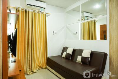 2BR Apartment with Sofa Bed at Woodland Park Residence By Travelio
