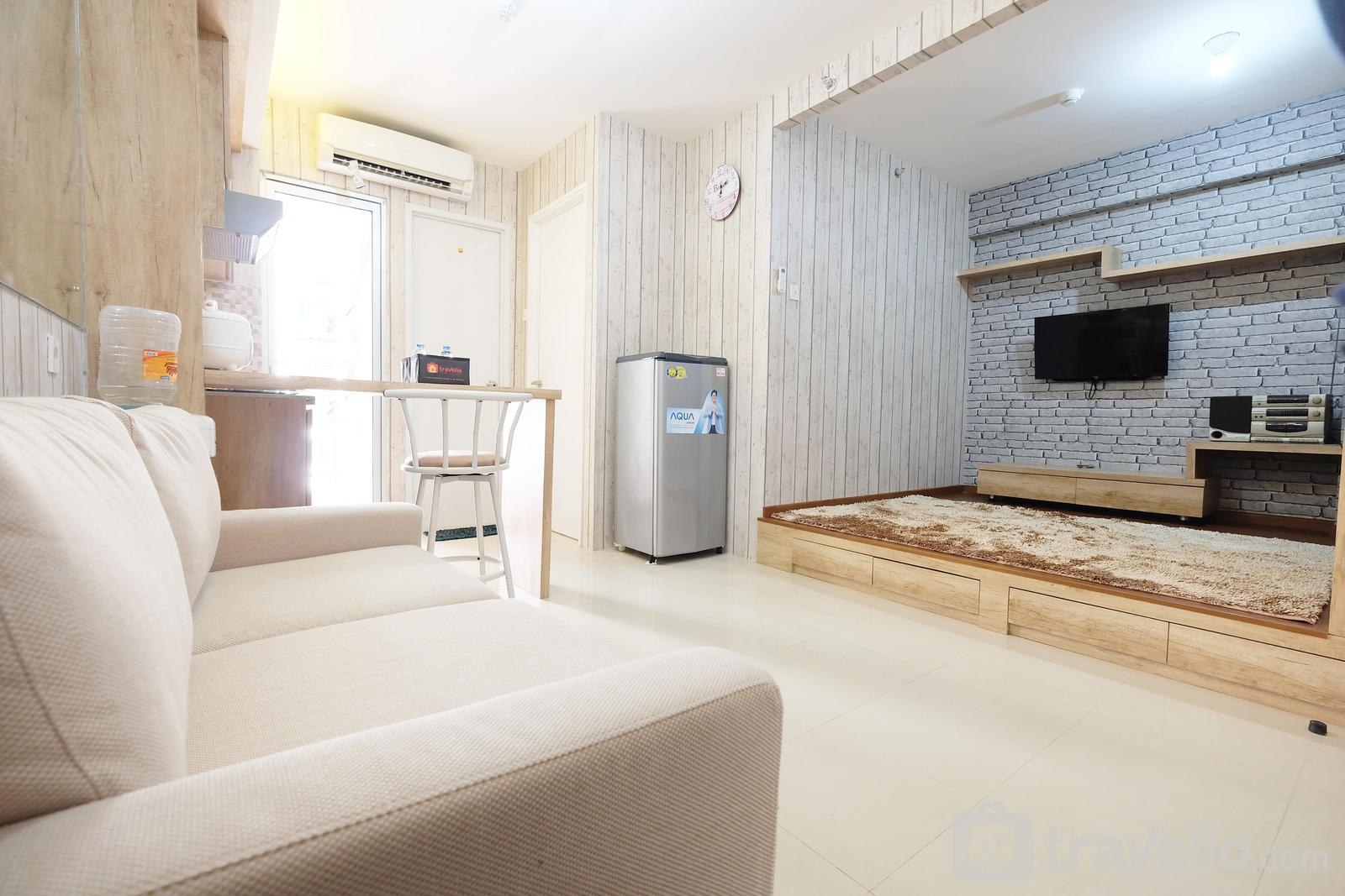 Bassura City Cipinang - Spacious and Cozy 1BR Bassura City Apartment By Travelio