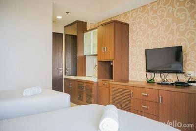Compact and Cozy Studio Atria Apartment By Travelio