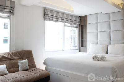 Modern & Spacious Studio at The Jarrdin Cihampelas Apartment By Travelio