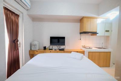 Elegant Studio Room The Springlake Summarecon Apartment By Travelio