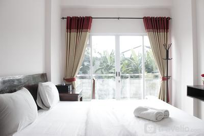Simply Homey Studio at Gateway Pasteur Apartment near Exit Toll By Travelio