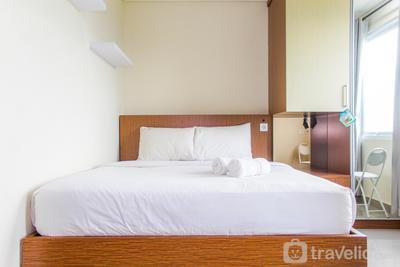Modern Studio Apartment at B Residence By Travelio