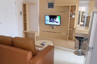 2 BR PP2 Comfortable @ Parahyangan Residences by Michael
