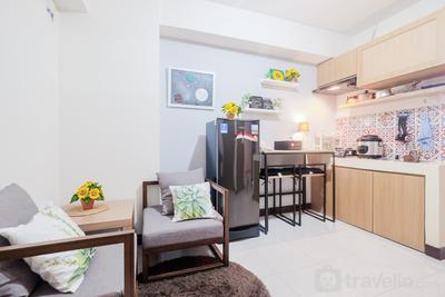 Spacious and Comfortable 2BR Cinere Resort Apartment By Travelio