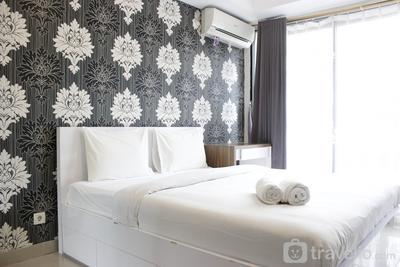 Minimalist Studio Room @ Beverly Dago Apartment By Travelio
