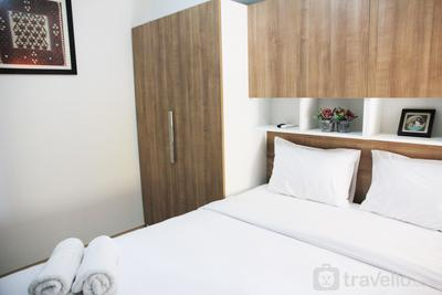 Comfortable 2BR The Springlake Summarecon Apartment By Travelio