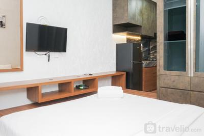 Studio Modern Japanese Style near Aeon BSD at B Residence Apartment By Travelio
