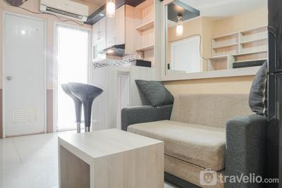 Simple and Cozy Living 2BR at Green Pramuka City Apartment By Travelio