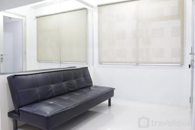 Bright and Comfy 2BR The Jarrdin Cihampelas Apartment By Travelio