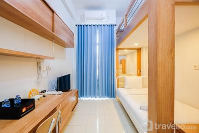 Comfort Studio Room with Bunk Bed at Dave Apartment By Travelio