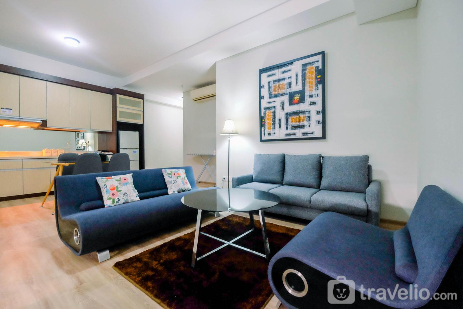 Apartemen One Park Residence - Private and Strategic 2BR Apartment 1Park Residence By Travelio
