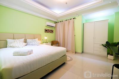 Studio Room Atria Residence Gading Serpong By Travelio