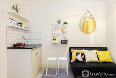 Minimalist 2BR at Green Pramuka City Apartment By Travelio