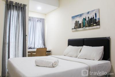 Cozy and Simply Studio Apartment at B Residence By Travelio