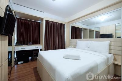 Strategic and Simple Studio Tifolia Apartment near Kelapa Gading By Travelio