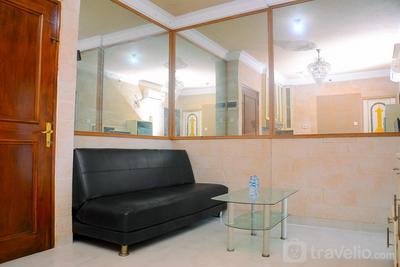 Relax and Cozy 1BR Mediterania Gajah Mada Apartment By Travelio