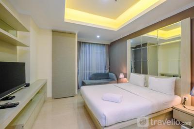 Strategic and Comfort Studio at Menteng Park Apartment By Travelio