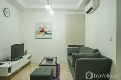 Luxury Design 1BR L'Avenue Apartment near Pancoran By Travelio