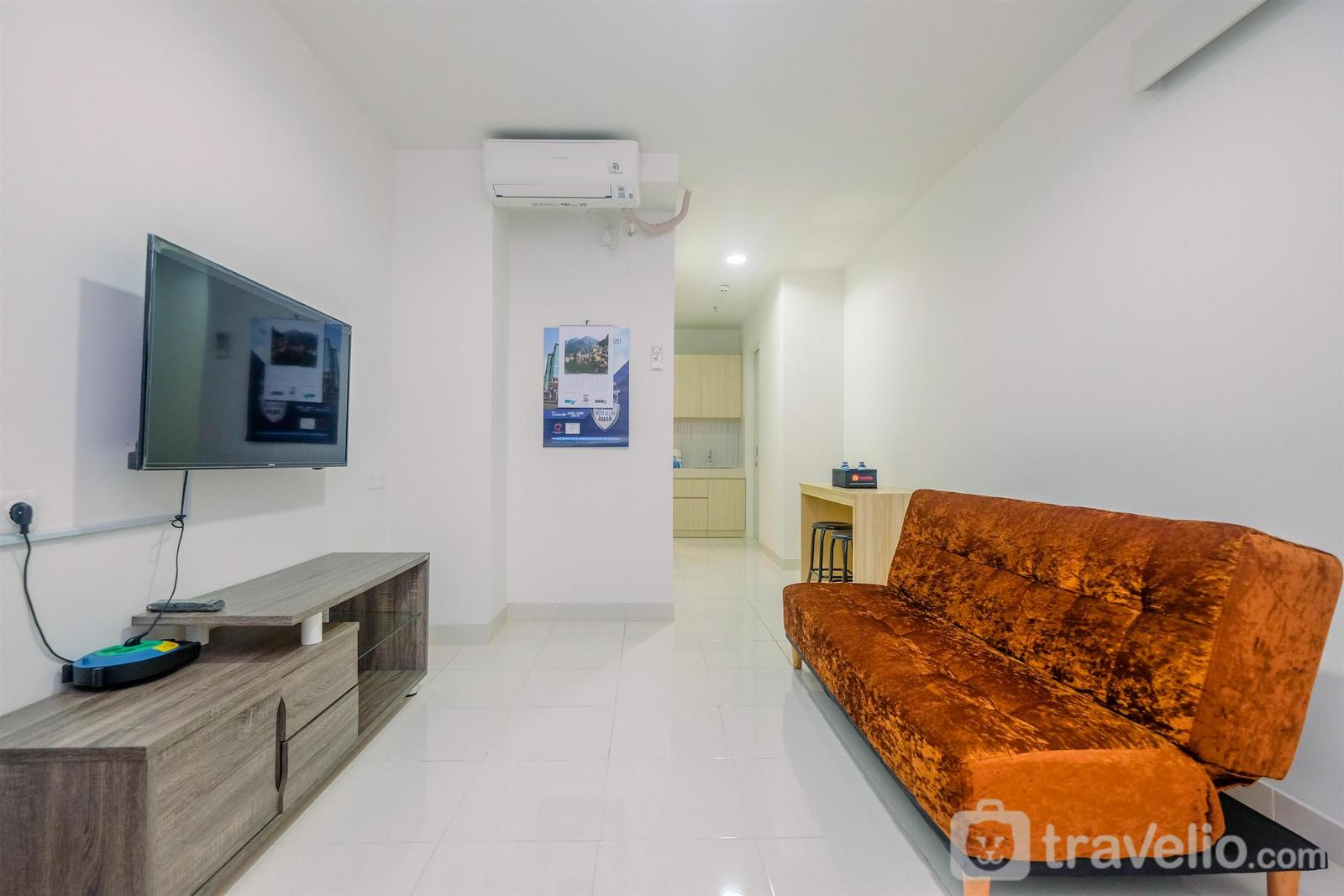 Sentul Tower Apartment - Cozy Living 2BR Sentul City Apartment By Travelio