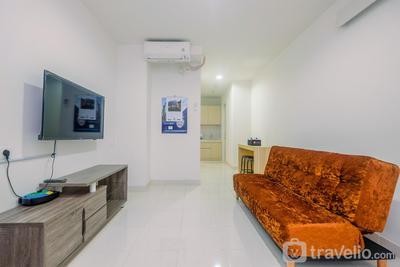 Cozy Living 2BR Sentul City Apartment By Travelio