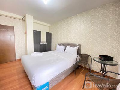 Stylish & Comfy Studio Apartment at Gateway Ahmad Yani Cicadas By Travelio
