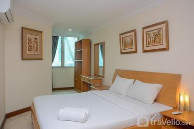 Comfort 1BR at Puri Imperium Apartment By Travelio