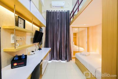 Fully Furnished Studio with Comfortable Design Dave Apartment By Travelio