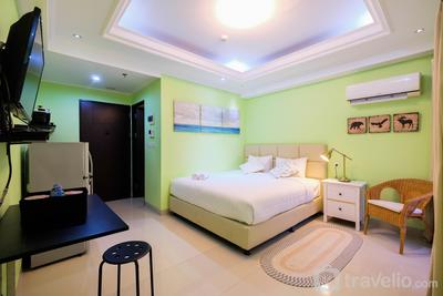 Studio Room Atria Residence Gading Serpong By Travelio